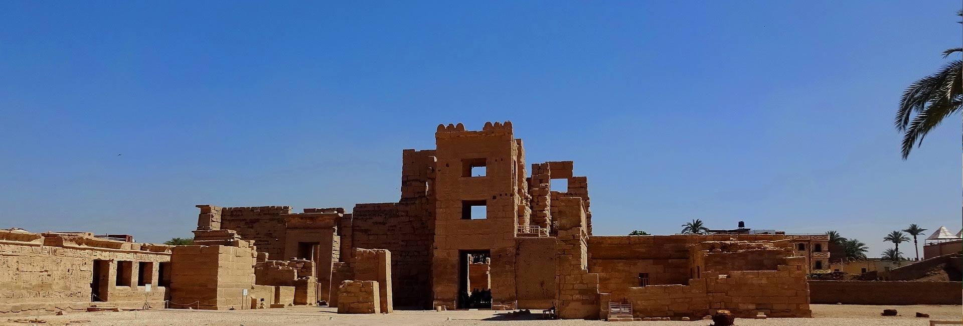 Nile Cruise Luxor To Aswan From Hurghada 5 Day 4 Night
