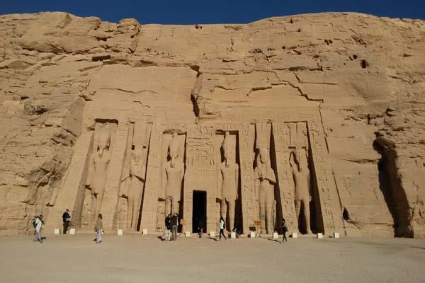 Luxor to Abu Simbel Short Break