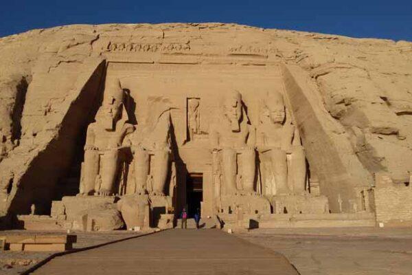 Luxor To Abu Simbel Overnight Tour